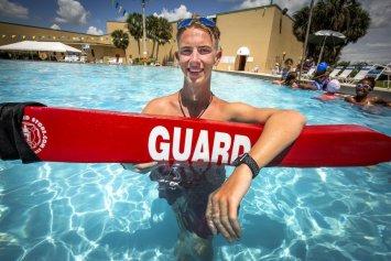 Winter Haven swimmer, lifeguard overcomes health scare to swim again