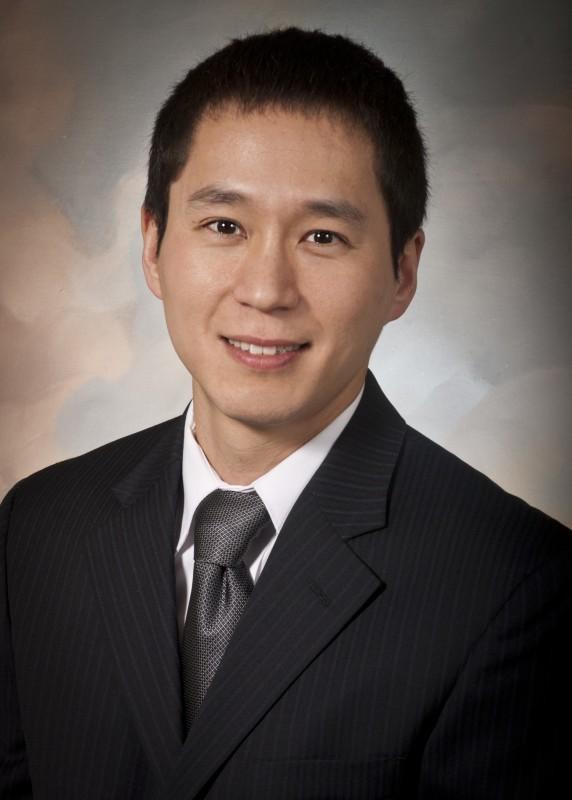 Dr. Justin Lee